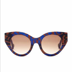 0db2b737e01 Fendi Fanny Cat-Eye Sunglasses